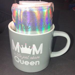 Nwt Mom mug and eye mask set